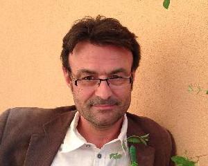Dr. Luc Doyen